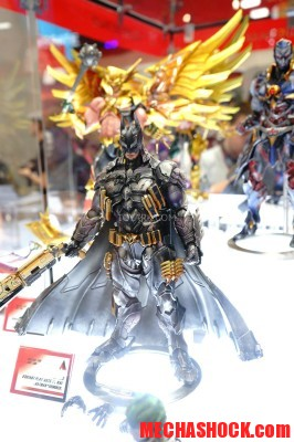 SDCC-2014-Play-Arts-Kai-DC-Comics-008