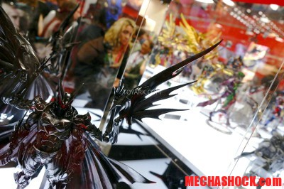 SDCC-2014-Play-Arts-Kai-DC-Comics-042
