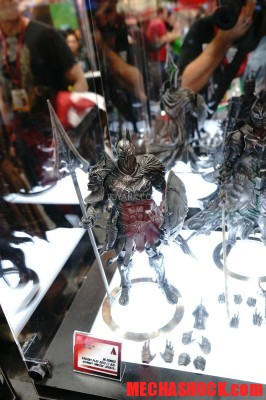 SDCC-2014-Play-Arts-Kai-DC-Comics-058
