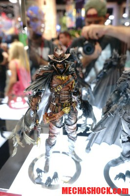 SDCC-2014-Play-Arts-Kai-DC-Comics-076